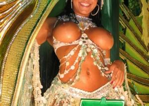(海外えろ写真)裸ですやんww明らかに性的アピール過剰な本場のサンバカーニバル(゜ロ゜ノ)ノ