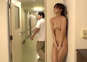 (えろムービー)捕まったら犯られる☆病院内でREALかくれんぼの餌食にされたモデル2人(*゚∀゚)=3