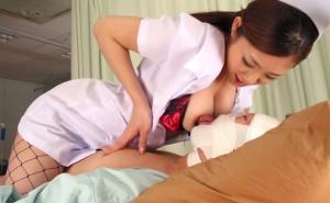 【看護師エロ画像】入院中にいやらしく抜いてくれる看護師さんがいたらずーと入院していたい!