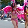 【サンバエロ画像】ほとんど下着!?過激衣装で踊るサンバの女の子たち!
