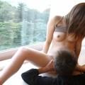 【クンニエロ画像】大きく脚を広げて男の舌の感触に喘ぐ敏感女たちの羞恥