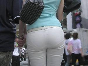 【着衣尻エロ画像】服の上から見るだけでも興奮する女性のたまらないお尻たち!【画像追加09/05】