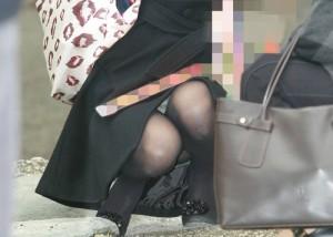 (お母ちゃんチラえろ写真)見せやすいから激熱☆街角お母ちゃんさんのマル見えパンツ(*´Д`)