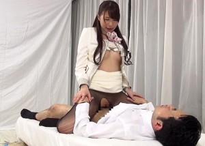 【エロ動画】狙うは憧れの受付嬢!親睦深めるパンスト素股そしてハメ!(*゚∀゚)=3