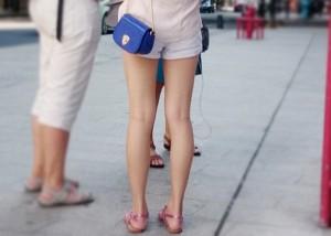 (海外美足えろ写真)お隣さんは美足率高い☆素晴らしき中国モデルたちの街撮り(;´Д`)