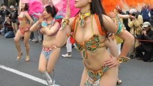 (サンバえろ写真)JAPANにもあった☆本場さながらの衣装で踊るサンバ祭り☆