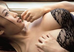【高橋しょう子エロ画像】人気グラドルからAVへと転進した彼女のグラビア時代