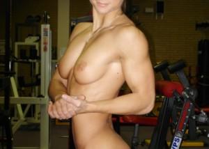 (海外えろ写真)ガチムチは辛いか…細マッチョなら丁度いい筋肉モデルの裸体(;´Д`)