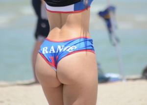 (アスリートえろ写真)考えるまでもなくくっそえろいビーチバレー選手のハミ尻(;´Д`)