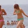 【素人水着エロ画像】夏の日差しと戯れる水着姿の素人娘にフル勃起!