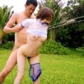 【野外セックスエロ画像】開放感たっぷりの野外でセックスするカップルwww