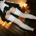 【ローアングルエロ画像】ローアングルから狙い撃ちした女の子のスカートの中身!
