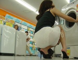 【着衣透けエロ画像】これは透視!?着衣が透けてしまっている素人娘たち!