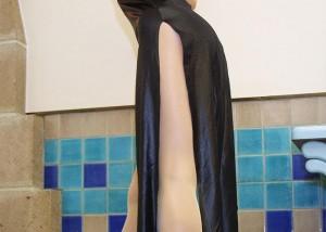 (美足えろ写真)美しい脚を演出する淫靡な切れ込みww横尻まで見えるスリット入り(;´∀`)