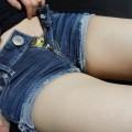 【ホットパンツエロ画像】余裕で抜けるホットパンツをはいた女の子たちwww