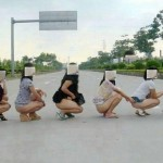 【悪ノリエロ画像】集団になった女子は強し!こんな大胆なことだったへっちゃら!