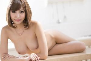 (美しい乳えろ写真)お乳好きならこんな美しい乳のお乳は放っておけない☆