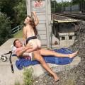 【大陸産セックスエロ画像】大胆なセックス!やっぱり海外のスケールはでかい!