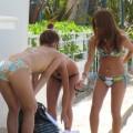 【素人水着エロ画像】素人たちの水着姿ってむ生々しくて興奮するだろ?