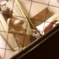 【民家盗撮エロ画像】ガチで民家を盗撮してみたら凄い光景が写った!www
