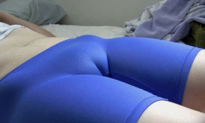 (マンスジえろ写真)食い込んだ股間がエロに性器を浮き彫りにする☆マンスジ写真