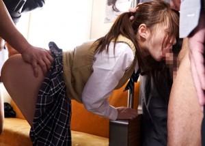 【エロ動画】電車内で連結恥辱!通学中に集団痴漢の餌食になったJK(;゚∀゚)=3