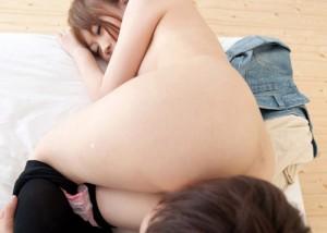 (くんにえろ写真)どっちの穴をナメている☆?尻側からの舌攻撃に悶える女子(;´Д`)