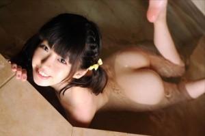 (入浴えろ写真)一糸まとわぬオールぬーどで入浴中の女子☆wwwwwwww