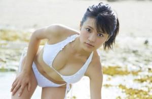 (ビキニ女子えろ写真)季節はずれでも見たいものは見たい☆女子達のビキニ特集☆