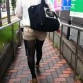 【街撮りホットパンツエロ画像】街中で見かけたホットパンツ女子から目が離せないwww