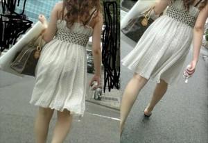 (着衣透けえろ写真)夏場の暑い時期によく見られる着衣の透けたシロウト女子☆