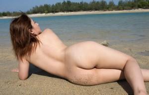 【美尻エロ画像】女の子らしい丸いお尻が最高!美尻といえる画像集めたったww