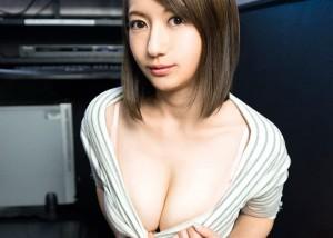 【音羽レオンエロ画像】巨乳ギャルから人妻へ、美形絶品ボディ女優・音羽レオン!