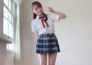 【林愛菜エロ画像】言われなくても自分の意思でごっくん出来る美少女・林愛菜!