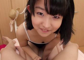 【あすな小春エロ画像】正統派つるぺたパイパンむちむち美少女・あすな小春!